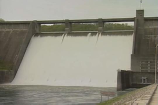 Norris Dam Spilling